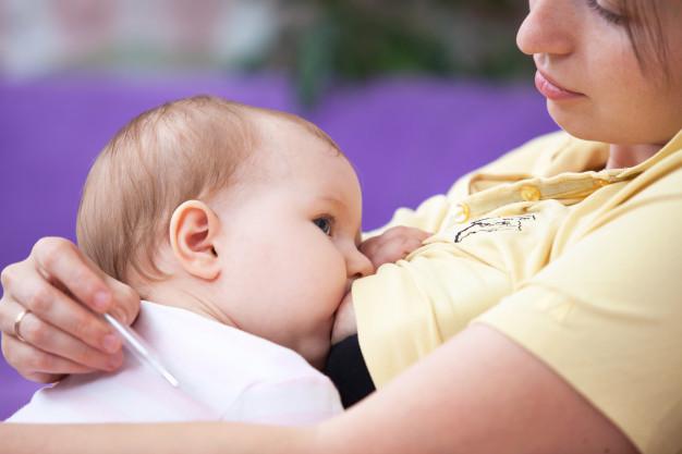 różnica w mleku matki