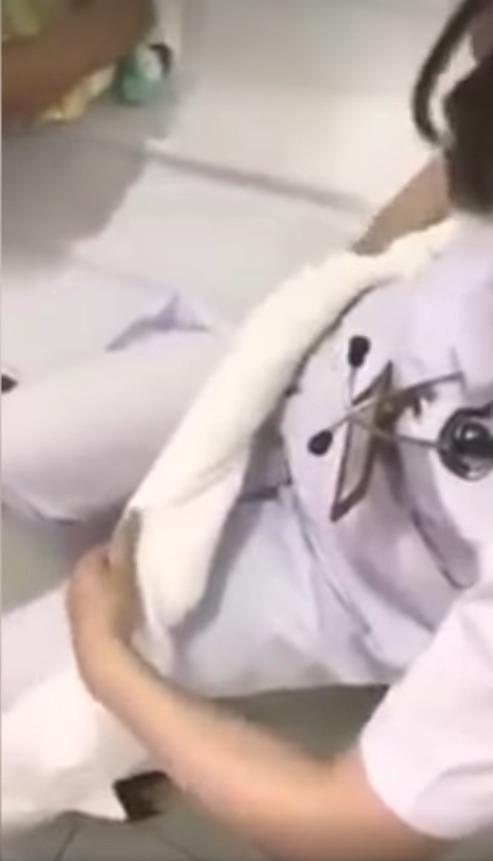 zwinięty ręcznik