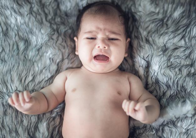 Sygnały, które wysyła Ci dziecko. Dzięki nim, możesz lepiej zrozumieć jego potrzeby
